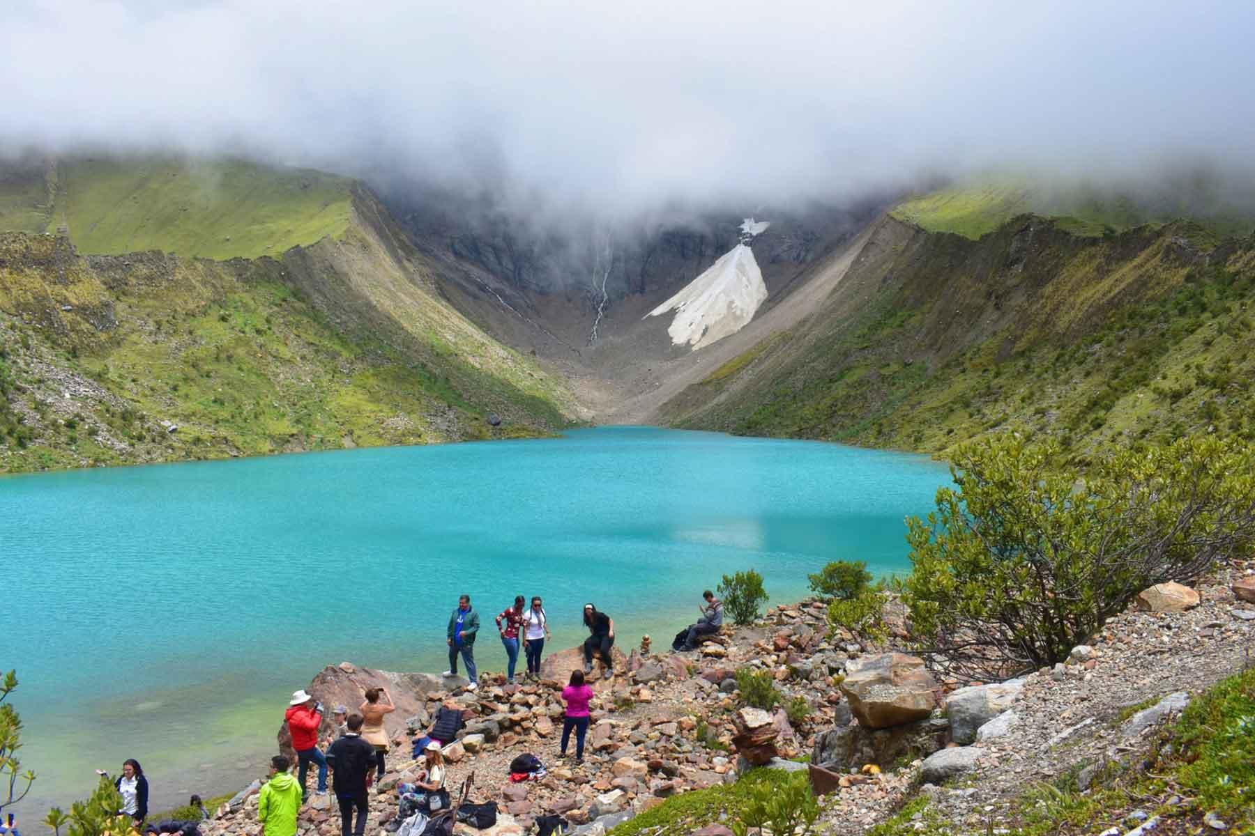 Humantay Lake Tour Quchuas Expeditions (4)